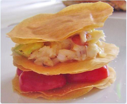 mille-feuille-de-crabe-avocat-et-tomate-cerise1