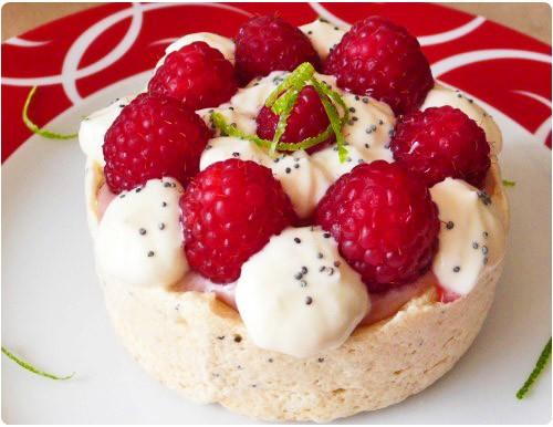 pavlova-strawberry-framboise2
