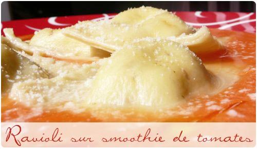 Raviolis italiens maison – pas à pas – sur smoothie de tomate