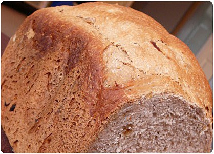 Pain à la farine de châtaigne et figues séchées