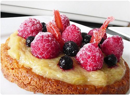tartelette-rhubarbe-fruitsrouges