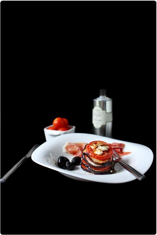 millefeuilles d 39 aubergine et de tomate la feta chefnini. Black Bedroom Furniture Sets. Home Design Ideas