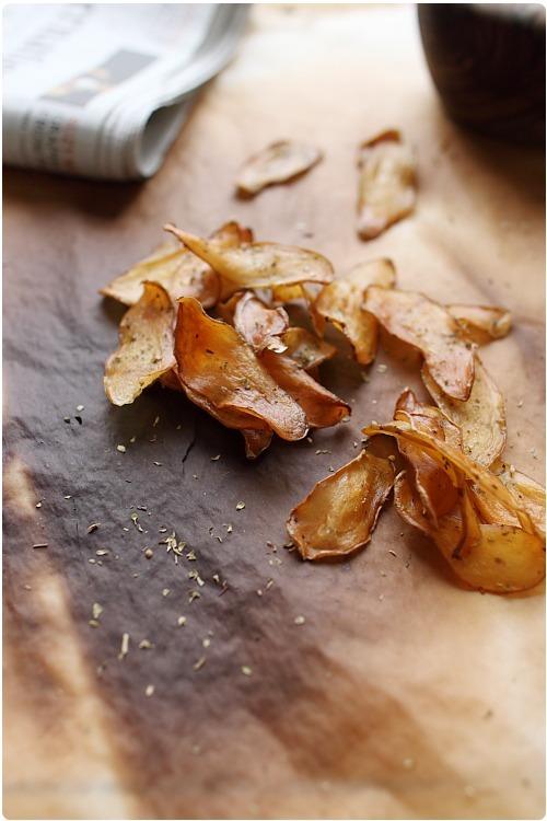 Chips de pommes de terre au four chefnini - Chips fait maison au four ...