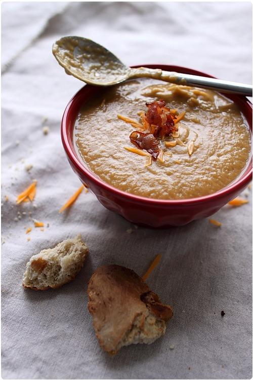 Velouté de patate douce, champignons et bacon à la mimolette