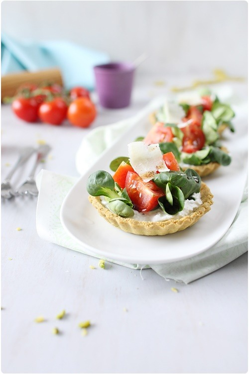 tartelette-fromage-tomate-mache