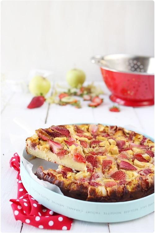 clafoutis-pommes-fraises3