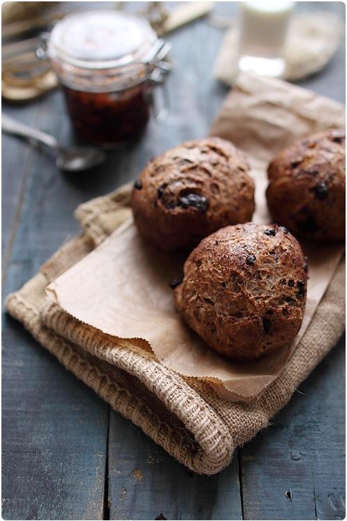 petits pains aux p pites de chocolat chefnini. Black Bedroom Furniture Sets. Home Design Ideas
