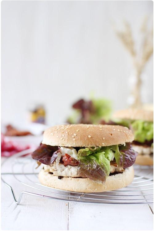 hamburger-poulet-tomate-confite2