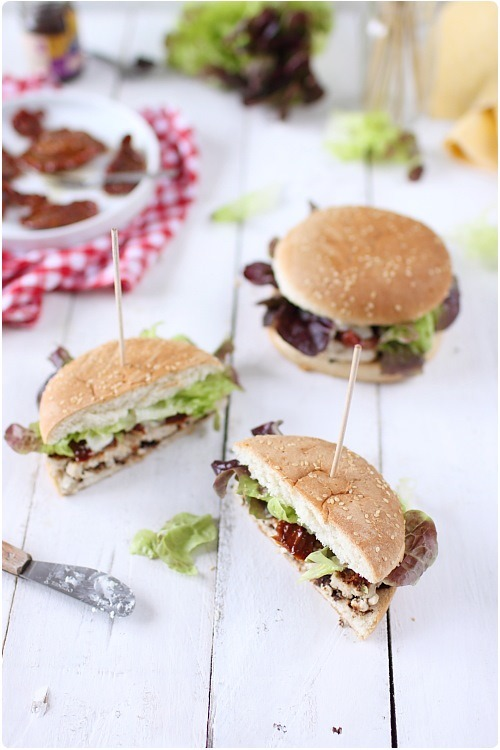 hamburger-poulet-tomate-confite6