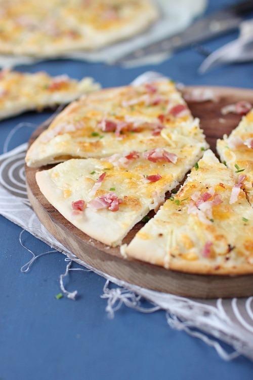 pizza-fromage-ciboulette-poitrine
