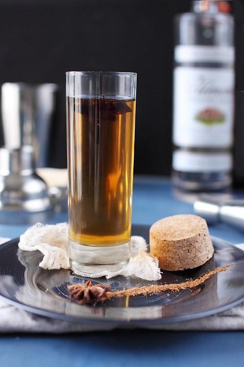 Sirop de rhum à la vanille et à la badiane