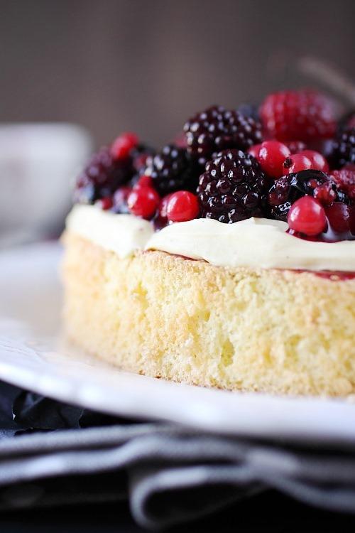 gateau-fruits-rouges-vanille10