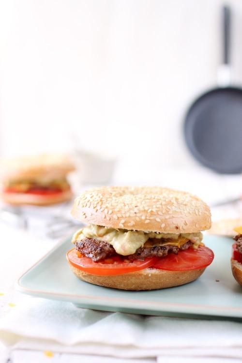 bagels-burgers4