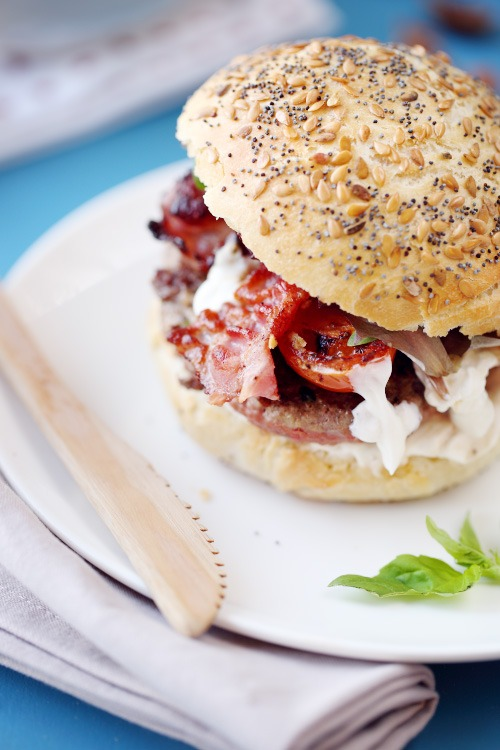 hamburger-boeuf-basilic-ail4