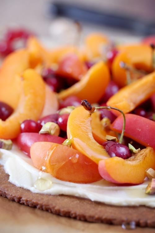 tarte-abricots-cerises-mascarpone6 copie