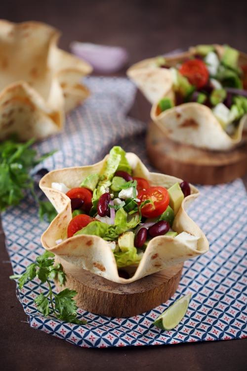 salade mexicaine et bol tortilla chefnini. Black Bedroom Furniture Sets. Home Design Ideas