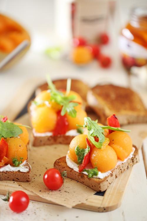 tartine-melon-poivron-chevre
