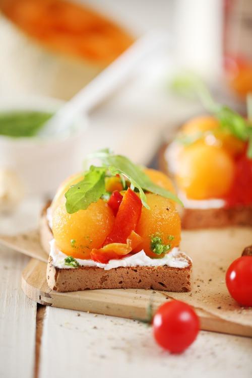 tartine-melon-poivron-chevre2
