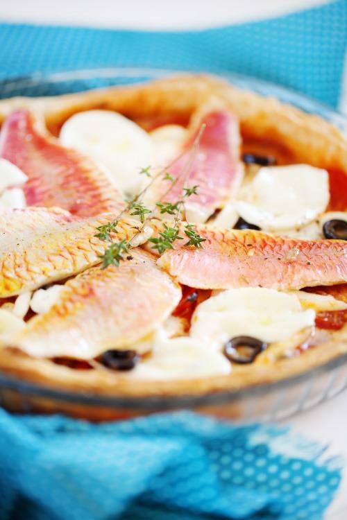 Tarte fine feuillet e la tomate mozzarella et rouget chefnini - Pate a la mozzarella ...