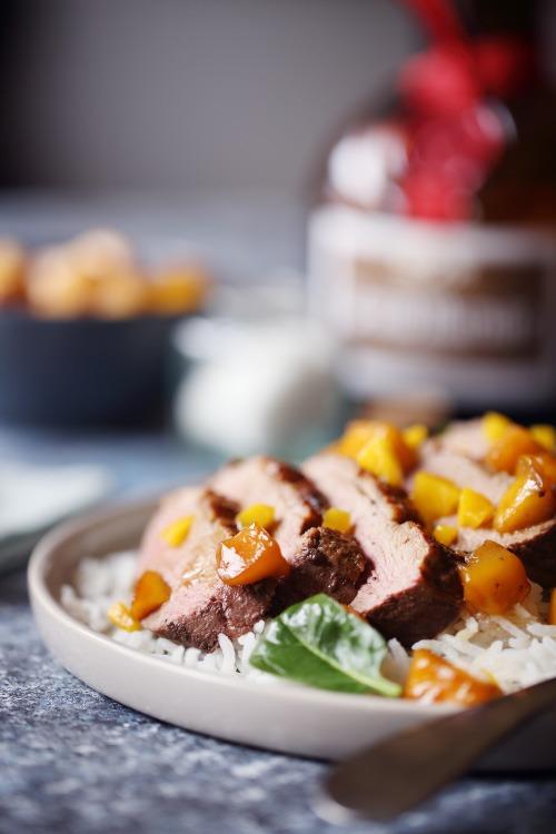 Magret de canard la mangue chefnini - Cuisiner un magret de canard a la poele ...
